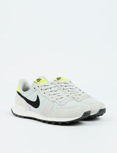 Nike Internationalist - Grey Fog/Black Lemon/Summit White