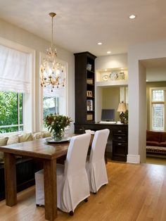 Kitchen Room Divider Ideas Design, Pictures, Remodel, Decor and Ideas - page 14 Modern Kitchen Tables, Kitchen Desks, Kitchen Benches, Kitchen Seating, Kitchen Dining, Dining Room Table Centerpieces, A Table, Small Dining, Dining Area