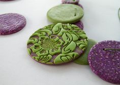 sutton slice. Love the green and purple, and how the purple beads look like tweed.
