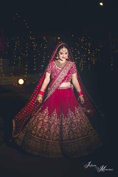 Red velvet bridal lehenga for the wedding You can find different rumors about the history … Indian Bridal Photos, Indian Bridal Outfits, Indian Bridal Wear, Bride Indian, Bridal Dresses, Indian Wedding Lehenga, Wedding Lehenga Designs, Bridal Red Lehenga, Lehanga Bridal
