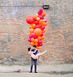 Balloon Ideas - could use balloons in save the date cards and use them at the wedding too, so thaut the theme starts before the wedding does. cute and cheap! Balloon Decorations, Balloon Ideas, Perfect Wedding, Diy Wedding, Diy And Crafts, Crafts For Kids, Love Balloon, Ballon, Party Planning
