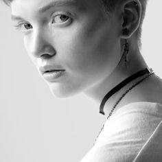 Más que una campaña de @dior  es un estilo de vida: We should all be feminists! #Ellemx #Dior #DíadelaMujer  via ELLE MEXICO MAGAZINE OFFICIAL INSTAGRAM - Fashion Campaigns  Haute Couture  Advertising  Editorial Photography  Magazine Cover Designs  Supermodels  Runway Models