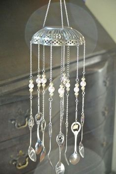 Beaded Wind Chimes - Recycled silver wind chime made with souvenir spoons: Mobiles, Silverware Jewelry, Spoon Jewelry, Bullet Jewelry, Cutlery Art, Recycled Silverware, Carillons Diy, Spoon Art, Fork Art