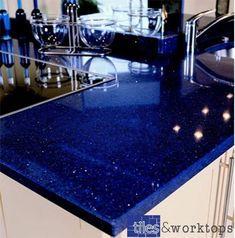 Stardust Dark Blue Quartz Kitchen Worktop x Blue Kitchen Countertops, Epoxy Countertop, Kitchen Worktop, Quartz Countertops, Floors Kitchen, Kitchen Backsplash, Kitchen Dinning Room, New Kitchen, Kitchen Decor
