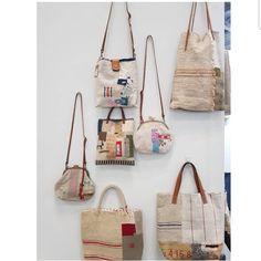 사진 설명이 없습니다. Patchwork Bags, Quilted Bag, Make Do And Mend, Sack Bag, Denim Bag, Fabric Bags, Wash Bags, Cloth Bags, Wabi Sabi