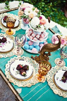 Photography By / capturedbyaimee.com, Styling By / www.powwowvintagerentals.com