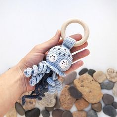 Pattern Jellyfish in PDF format contains 9 pages of detailed description and 21 photos of the process. Crochet Ring Patterns, Crochet Rings, Crochet Patterns Amigurumi, Knitting Patterns, Crochet Crafts, Easy Crochet, Crochet Classes, Crochet Baby Toys, Baby Rattle