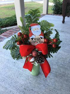 Cemetery FlowersSantaChristmas ArrangementStyrofoam Vase Christmas Candles, Christmas Wreaths, Christmas Decorations, Holiday Decor, Advent Wreaths, Wreath Crafts, Christmas Centerpieces, Grave Flowers, Cemetery Flowers