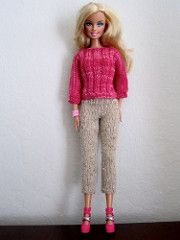 Ravelry: #0124 Pink Sweater and White Pants pattern by stickatillbarbie.se