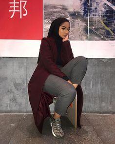 im not here to cause wahala Tesettür Mont Modelleri 2020 Niqab Fashion, Modest Fashion Hijab, Modern Hijab Fashion, Hijab Fashion Inspiration, Islamic Fashion, Hijab Chic, Muslim Fashion, Fashion Outfits, Fashion Trends