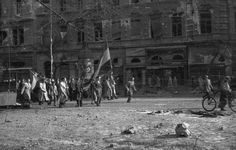 Hungarian Revolution 1956 Shock Wave, History Photos, Central Europe, Budapest Hungary, Cold War, Historian, Old Pictures, Historical Photos, Great Places