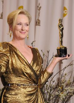 Meryl Streep is a three-time Oscar winner and considered as one of the greatest actresses in Hollywood. Academy Award Winners, Oscar Winners, Academy Awards, Hollywood Scenes, Hollywood Stars, Grace Gummer, Maryl Streep, Divas, Golden Globe Nominations