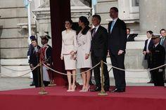 El gran despliegue ceremonial que los Reyes han estrenado hoy denotaba la grandeza de España y a su vez el mayor de los afectos para con el país invitado Foto: Fernando Junco