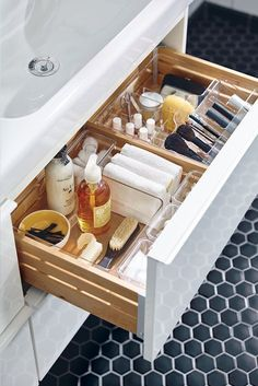 A place for everything and everything in its place. Organize your bathroom and makeup essentials with this GODMORGON storage unit.
