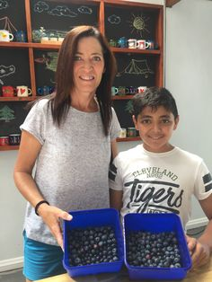 Yes! PYO blueberries will be still on tomorrow. (24th Dec)👍💫🎄 $3 per person to enter (Kids under 5 is free) $11 per kg.  No time to pick? 450g ready-picked blueberries in shop for you to pick up. 😉  Only 10mins away from Hillcrest, Hamilton.  www.lavenderbackyard.co.nz  #pyo #blueberry #blueberries #farm #hamiltonnz #pickyourown #fun #family