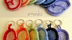 Patron Amigurumi Crochet : Porte-clef Tong – Made by Amy