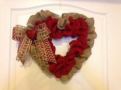 Burlap Valentine Wreath Valentine Wreath, Valentine Decorations, Valentines Day, Valentine Ideas, Diy Wreath, Burlap Wreath, Wreaths, Wreath Ideas, Love Holidays