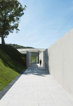 renzo piano's pavilion of photography opens at château la coste in the south of france 2017