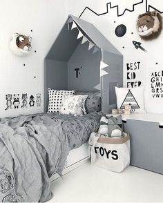 kids room decor ideas and home decor Baby Bedroom, Home Decor Bedroom, Kids Bedroom, Kids Rooms, Bedroom Black, Bedroom Wall, Bedroom Bunting, Room Kids, Bedroom Inspo