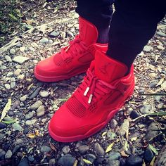 One more shot of these for now, something about the all red. #redoctober #redoctober4s