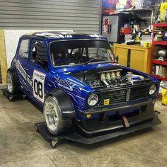 Mini Cooper S, Mini Cooper Classic, Mini Cooper Clubman, Classic Mini, Classic Cars, Minis, Small Cars, Car In The World, Retro Cars