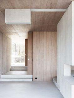 House Concrete and Wood by LEUCHTEND GRAU http://www.leuchtend-grau.de/