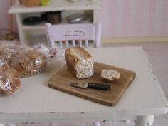 Dollhouse Miniature One Inch Scale Loaf Of Bread On Cutting Board With Slice And…