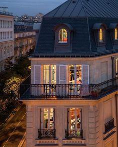 City Aesthetic, Travel Aesthetic, Dream City, Dream Apartment, Architecture, Belle Photo, My Dream Home, Future House, Ramen