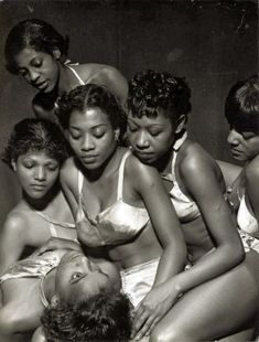 Rare Images of the American Negro Ballet.The American Negro Ballet Company formed in 1934 under the direction of Eugene Von Grona. Von Grona, an immigrant from Germany wanted to blend. Black History Facts, Black History Month, Black Power, Black Ballerina, Vintage Black Glamour, We Are The World, Ballet Dancers, Black Dancers, Ballerinas