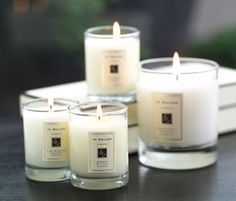 BEST fragrance + candles EVER! Jo Malone Candles - Lime, Basil & Mandarin in the office. Home Candles, Luxury Candles, Best Candles, Glass Jars, Candle Jars, Candle Shop, Candle Holders, Lime And Basil, Perfume