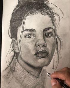 """Abraham Serey en Instagram: """"🤓Mi primer dibujo en Alemania🇩🇪 Model:@emma_climent Fotografa: @xenia.lau Déjame un comentario con el dibujo que te gustaría que hiciera.…"""" Portraits, Instagram, Art, Comment, Germany, Drawings, Art Background, Head Shots, Kunst"""