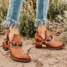 2019 Stylish Shoes For Women – Page 7 – monyberry Ankle Booties, Bootie Boots, Shoe Boots, Flat Boots, Yellow Boots, Buy Shoes, Women's Shoes, Zapatos Shoes, Shoes Men