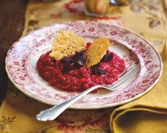 Rachel Allens shockingly pink risotto requires hardly any stirring and is garnished with homemade crisps and roasted beetroot chunks Baked Beetroot, Beetroot Recipes, A Food, Good Food, Yummy Food, Homemade Crisps, Risotto, Parmesan Crisps, Rachel Allen