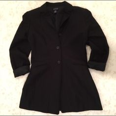 Ann Taylor Blazer Very stylish..love with jeans and heels. Worn only once. Price firm. No trades. Ann Taylor Jackets & Coats Blazers