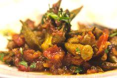 Οι μπάμιες λαδερές αναβαθμίζονται γευστικά με μπαλσάμικο αντί ξυδιού και δοκιμάζονται στο φούρνο και στη κατσαρόλα. Όλα τα μυστικά για την τέλεια συνταγή.