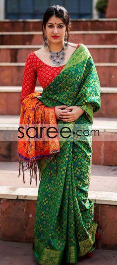 Green and Orange Jacquard Silk Patola Print Saree With Weaving Phulkari Saree, Ikkat Silk Sarees, Kurti, Kanchipuram Saree, Beautiful Blouses, Beautiful Saree, Indian Dresses, Indian Outfits, Saree Dress