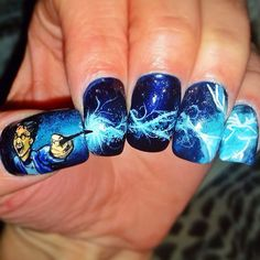 15+ Harry Potter Nail Art Ideas That Are Pure Magic ❤ liked on Polyvore featuring nails