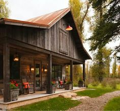 60 Rustic Log Cabin Homes Plans Design Ideas And Remodel - Page 18 of 57 - Afshin Decor Barn House Kits, Barn House Plans, Barn Plans, Barn Houses, Rustic Exterior, Exterior Design, Metal Building Homes, Building A House, Building Ideas