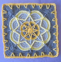 Ravelry: Spiro Star pattern by Helen Shrimpton