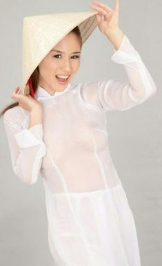 Ao Dai, Asian Beauty, High Neck Dress, Bikinis, Sexy, Womens Fashion, Vietnam, Dresses, Traditional
