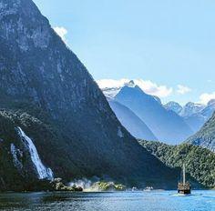 Zealand milford new queenstown sound