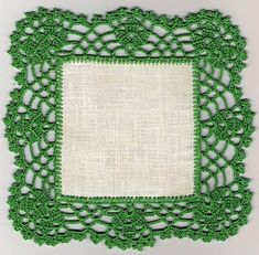 This Pin was discovered by Çağ Crochet Fabric, Thread Crochet, Crochet Trim, Filet Crochet, Crochet Motif, Crochet Doilies, Crochet Flowers, Crochet Lace, Crochet Edgings