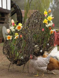 huge grapevine or twig eggs.very interesting idea.This says: Designer Books, Russia Easter Projects, Easter Crafts, Flower Shop Decor, Willow Weaving, Diy Ostern, Easter Party, Garden Ornaments, Easter Wreaths, How To Make Wreaths