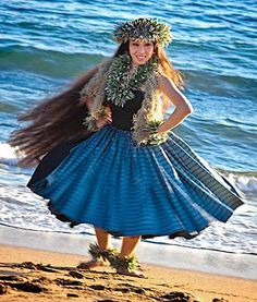 I can see why there hair is so long and beautiful, Hawaii is very moist and water so soft;)