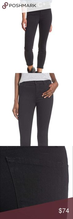 J brand Alana high waisted black skinny jeans J Brand hi waisted black skinny jeans. Size 27 alana fit.  92.5% cotton 5% polyester 2.5% elastane. excellent preowned condition with minimal fading and no rips stains or odors. J Brand Jeans Skinny