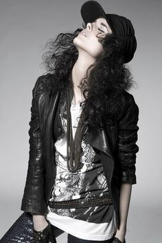 Rock soul! Second skin necklace and bracelet by @Elena Estaun #design #jewelery #rock #attitude