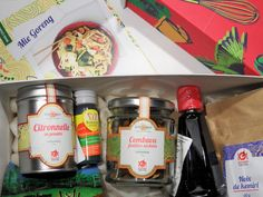 Kitchen Trotter Foodie Subscription Box Discover World Foods www.eyelinerflicks.com