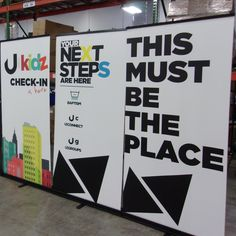 Help families find the right place to check in their children with easy-to-set-up directional signage! Church Signs, Church Banners, Kids Ministry, Ministry Ideas, Kids Church Rooms, Kids Room, Directional Signage, Portable Display, Retractable Banner