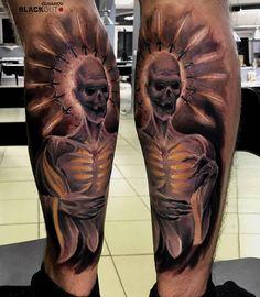 Pavlik Gusarov @_gusarov BLACKOUT tattoo collective @blackouttattoocollective #blackouttattoocollective #gusarov