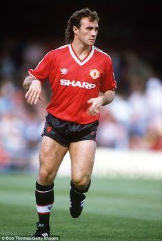 d9a3d9180 10 Best Manchester United 1985 FA Cup Final Shirt images